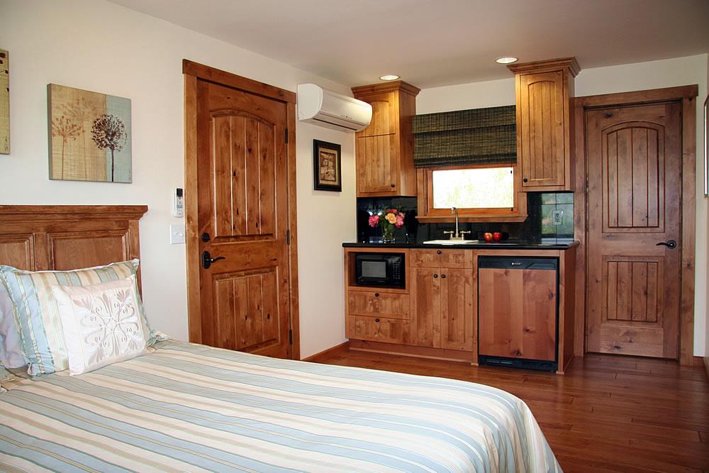 ojai valley b&b inn - sky suite